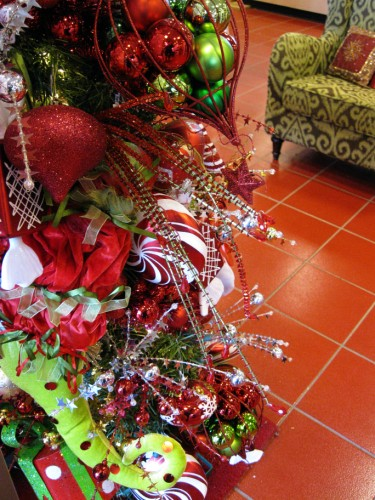 Pier_1_christmas_tree4