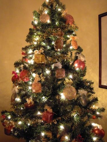 inked_ornament_tree
