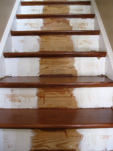refinished_stairs13_stain